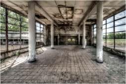 Old swimming pool-12