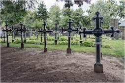 Cemetery of the skull-8