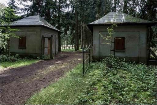 Kerkhof der krankzinnigen-8