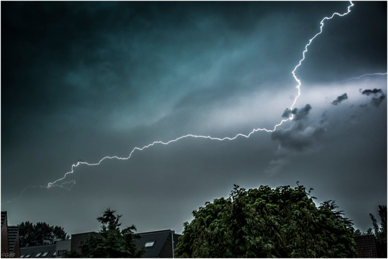 Onweer-2